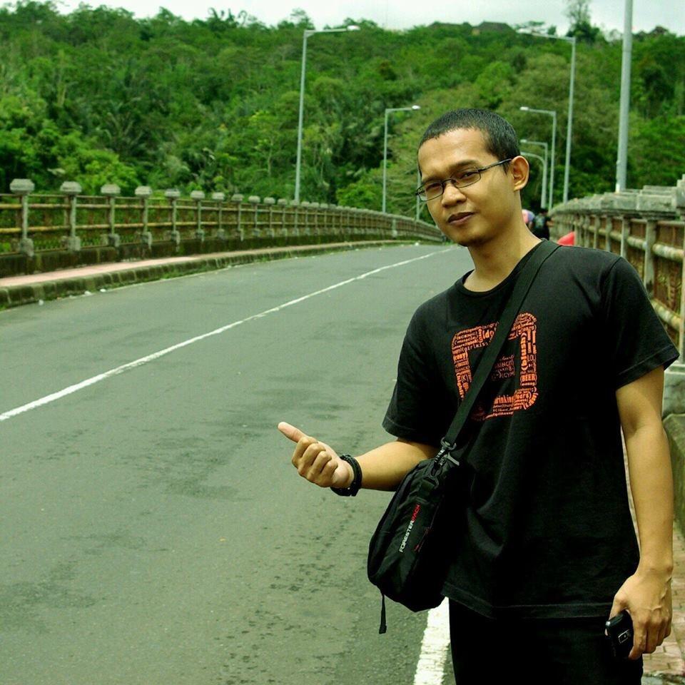 Jembatan Tukad Bangkung Bali